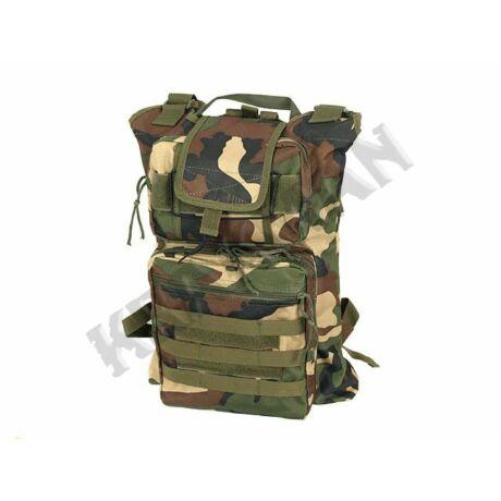 Universal assault waist/backpack Woodland